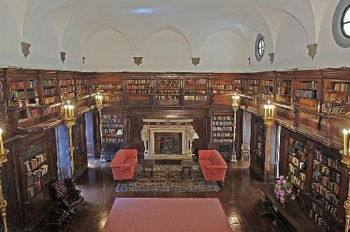 Library - House of the Redeemer - New York City (photo: John Rust)