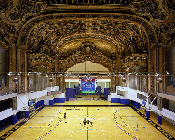 Long Foyer University : Long island university brooklyn paramount