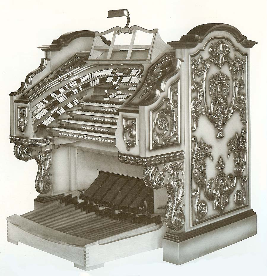 Master console of Wurlitzer Organ, Op. 1984 (1928) at the former Paramount Theatre - Brooklyn, New York (photo: Jeff Weiler)
