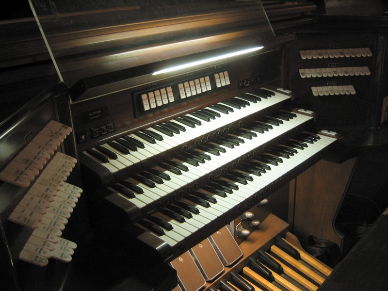 Gallery Organ Console of Old First Reformed Church - Brooklyn, N.Y. (photo: Steven E. Lawson)