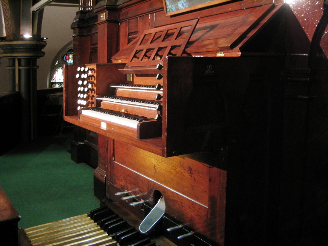 J.H. & C.S. Odell & Company Organ, Op. 178 (1880) at St. Charles Borromeo Catholic Church - Brooklyn Heights, New York (Photo: Steven E. Lawson)
