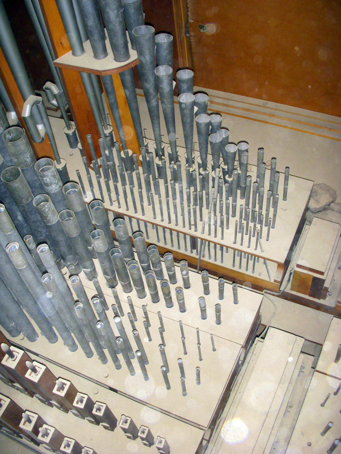 Delaware Organ (c.1965) at Christ the King Catholic Church - Bronx, N.Y. (credit: Dave Schmauch)