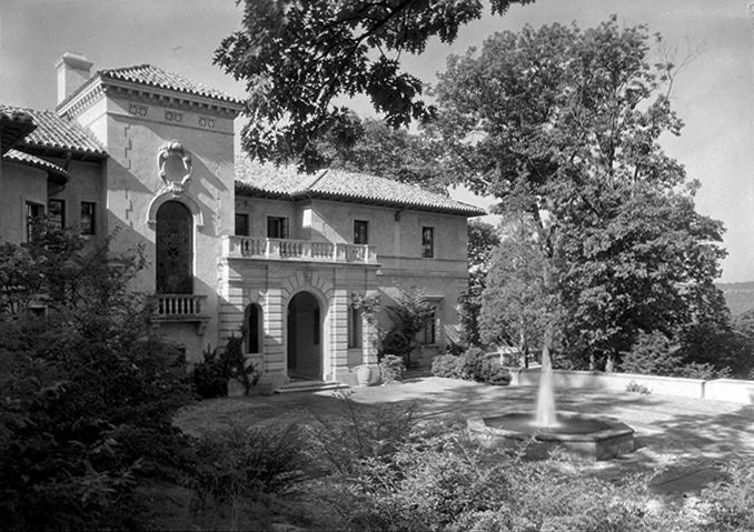 Anthony Campagna Residence - Riverdale (The Bronx), NY (photo: Samuel H. Gottscho, 1933)