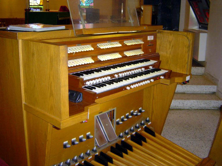Kilgen Organ, Op. 7649 (1986) at St. Anthony Catholic Church - Bronx, N.Y.