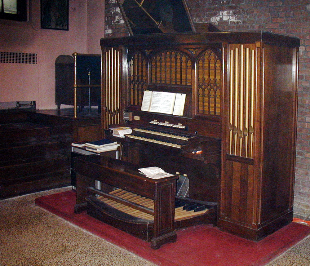 M.P. Möller Organ, Op. 6473 (1936) in St. Thomas Lutheran Church - Bronx, NY (photo: Dave Schmauch)