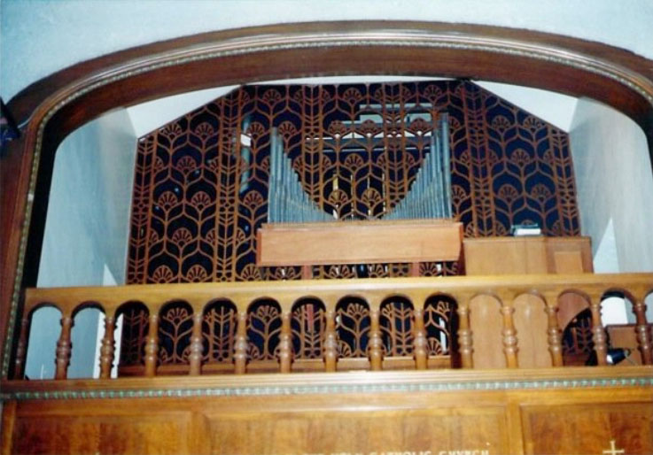 Weiss & Turney organ (c.1960) in the Chapel of Brick Presbyterian Church - New York City