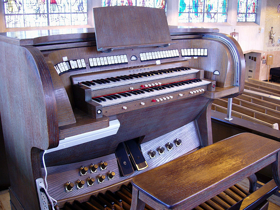 Tamburini Organ at St. Frances Xavier Cabrini Shrine - New York City (photo: Steven E. Lawson)