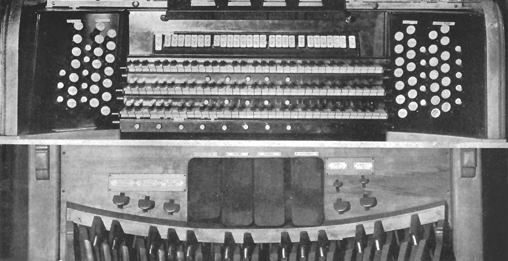 Console of Hillgreen, Lane & Co. organ, Op. 456 (1916) at Carnegie Hall - New York City