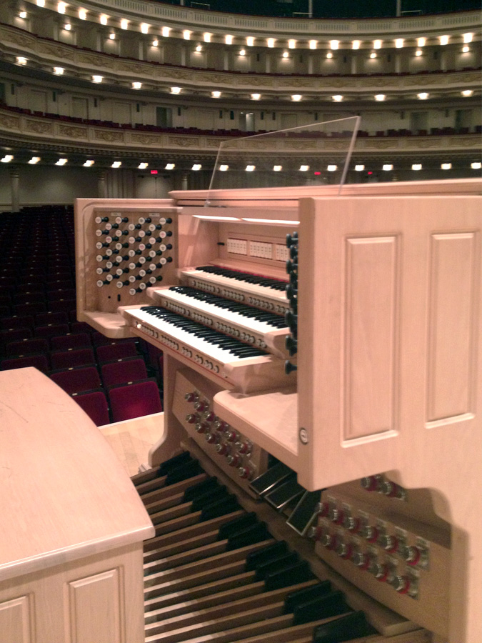Rodgers Instruments Organ (c.2006) in Carnegie Hall - New York City (photo: Nicholas Russotto)