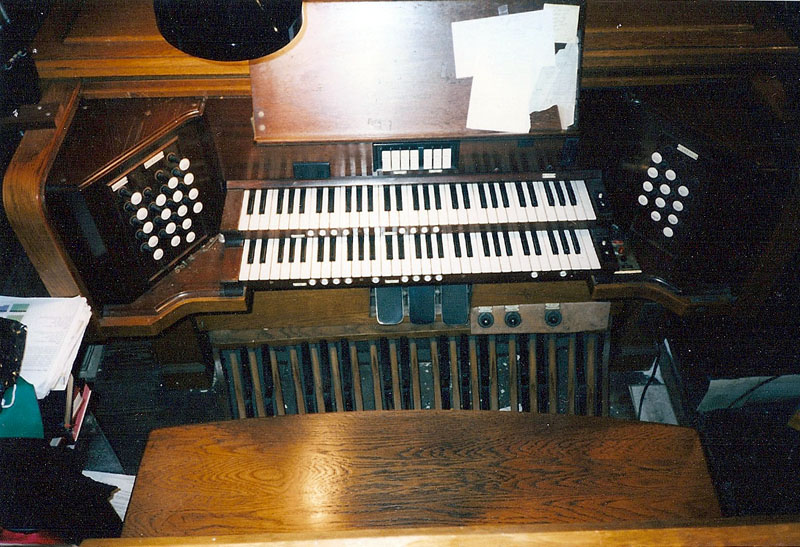 Console of M.P. Möller organ, Oop. 6763 (1939) in Church of the Covenant (Presbyterian) - New York City