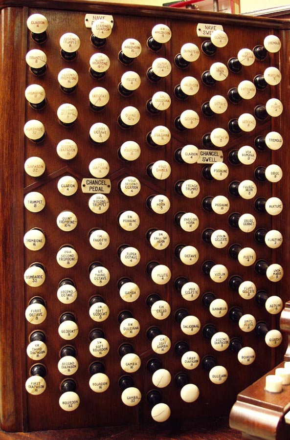Left stop jamb on console of Skinner Organ, Op. 707 (1928) in Grace Episcopal Church, New York City (Steven E. Lawson)