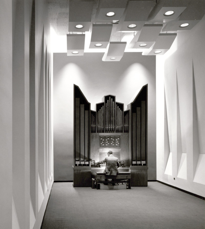 Flentrop organ (1969) in Organ Studio at The Juilliard School - New York City  (1969 photo: Ezra Stoller (ESTO); courtesy Juilliard School Archives)