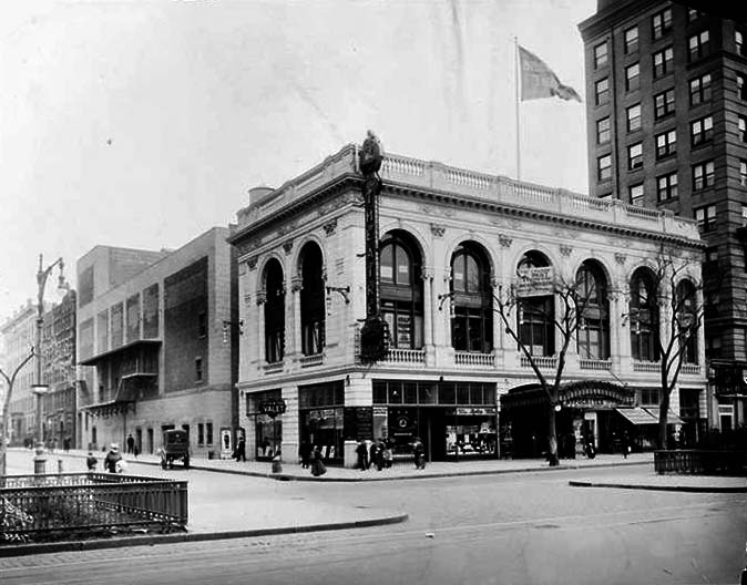 RKO 81st Street Theatre - New York City (Byron Company, 1915)