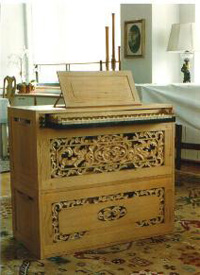 V.D. Putten/Veger organ in Anonymous Residence - New York City (photo: Albert Jensen-Moulton)