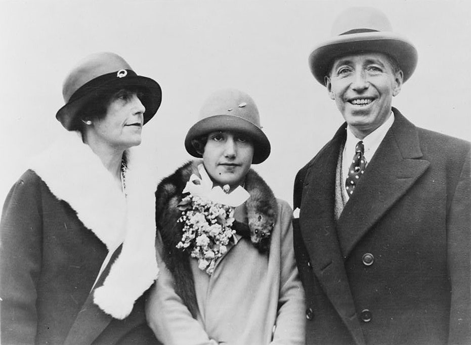 Elma, Marion and Pierre Cartier (Bain New Service photograph, June 8, 1926)