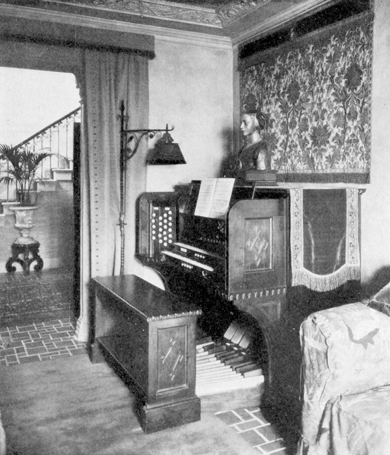 Skinner Organ, Op. 530 (1925) in the Ernest Hopkinson Residence - New York City