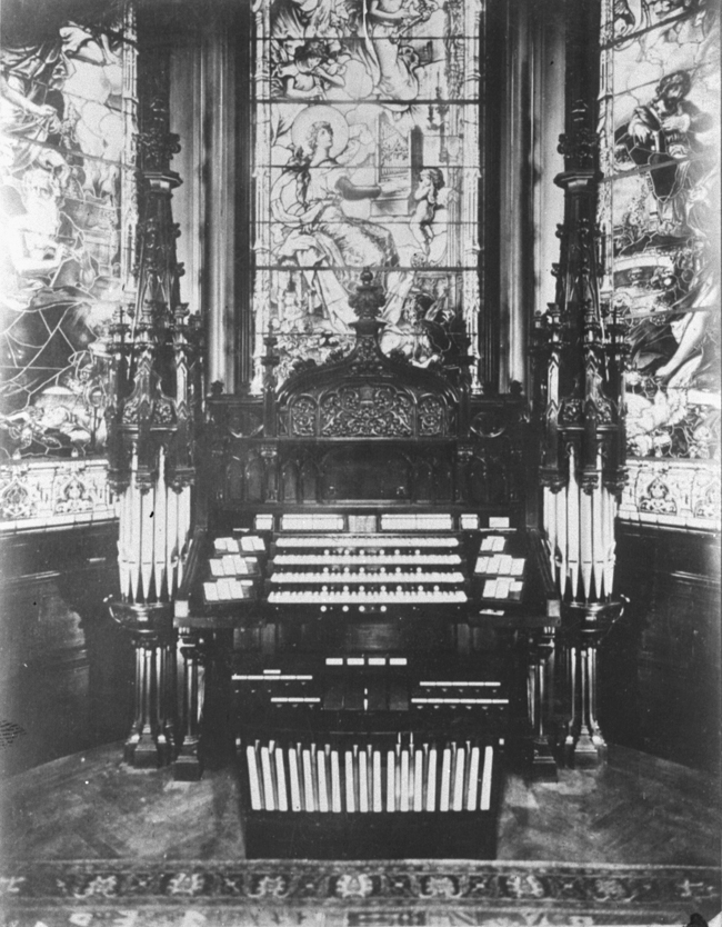 "Aeolian Organ, Op. 1032 (1919) in the Charles Schwab Residence, ""Riverside"" - New York City (photo: Organ Historical Society)"