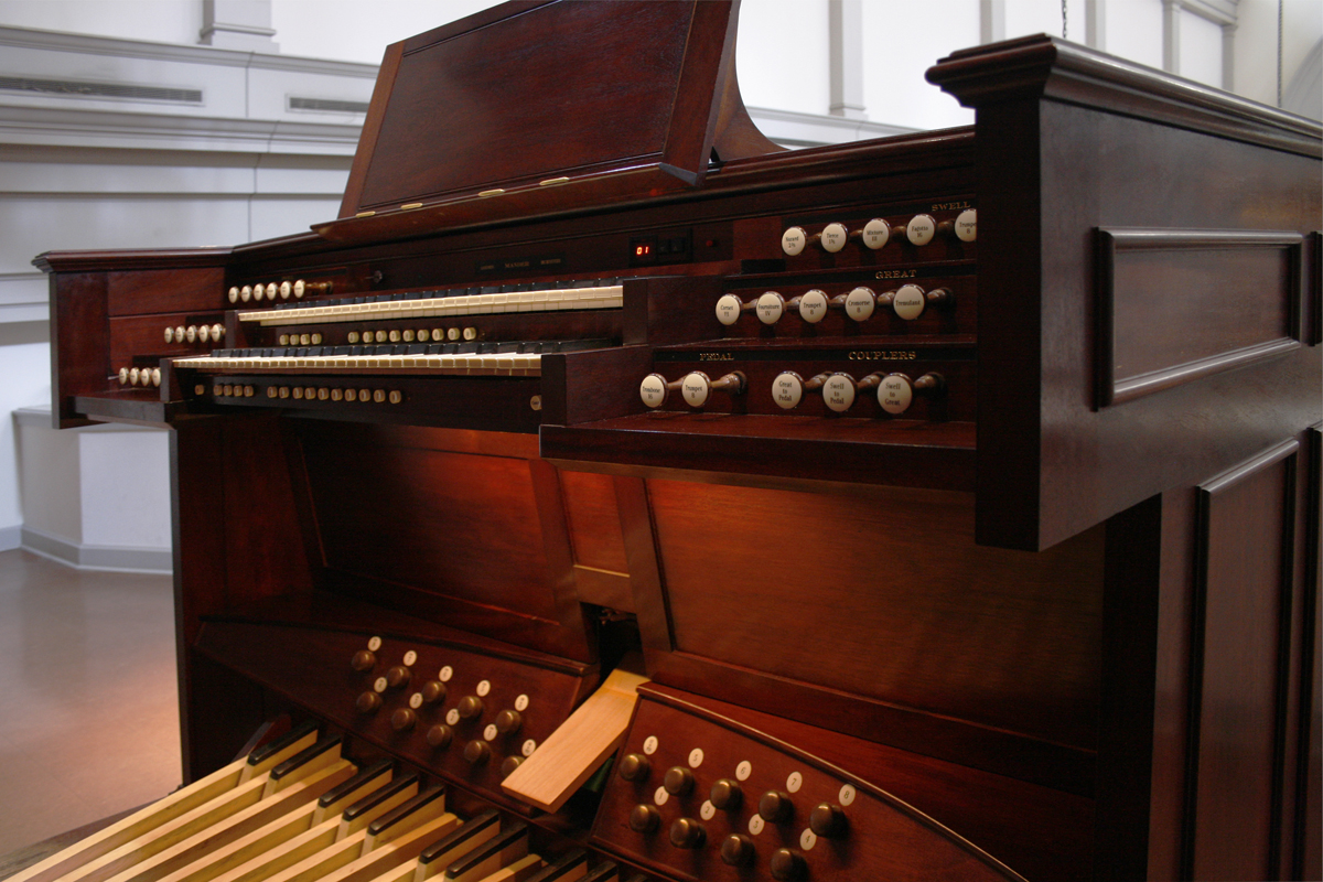 Mander organ  (1998) at St. Agnes Catholic Church - New York City (photo: Steven E. Lawson)