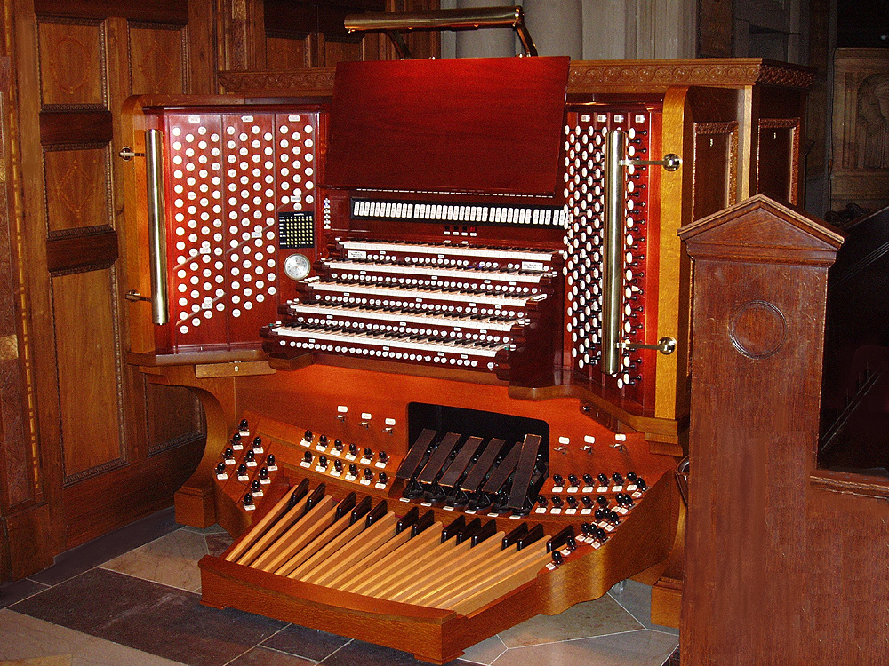 2006 Console of Aeolian-Skinner Organ, Op. 275-E/F (1970-71) at St. Bartholomew's Church - New York City (photo: Steven E. Lawson)