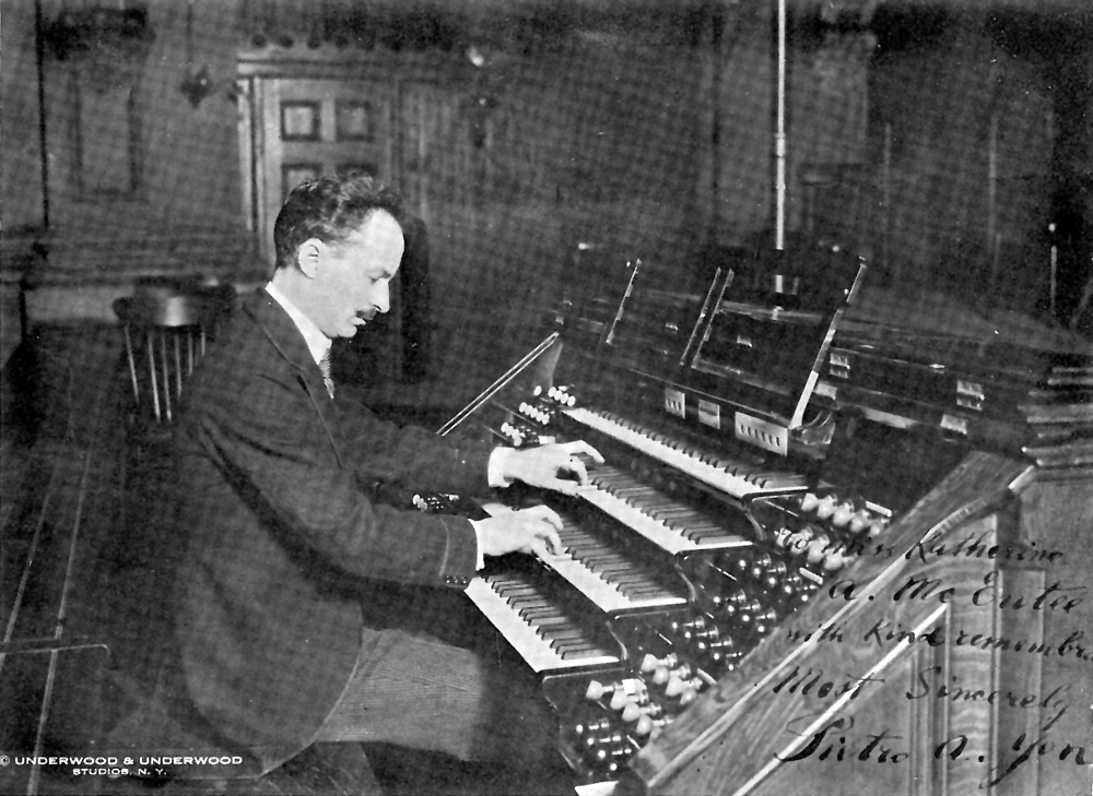 Pietro Yon at the Casavant Frères, Op. 184 (1903) in the Church of St. Francis Xavier - New York City (Underwood & Underwood, 1919)