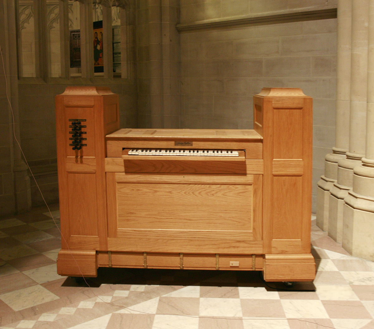 "Flentrop Orgelbouw ""Kistorgel"" (1993) at the Cathedral of St. John the Divine - New York City (photo: Steven E. Lawson)"