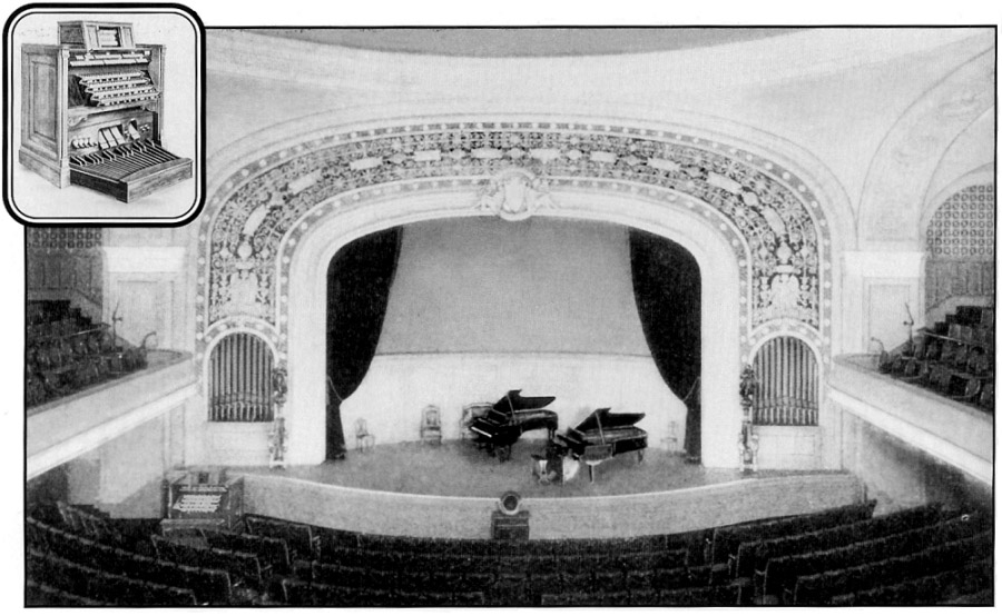 Wanamaker Auditorium at John Wanamaker Store - New York City (undated photo courtesy Friends of the Wanamaker Organ, www.wanamakerorgan.com)