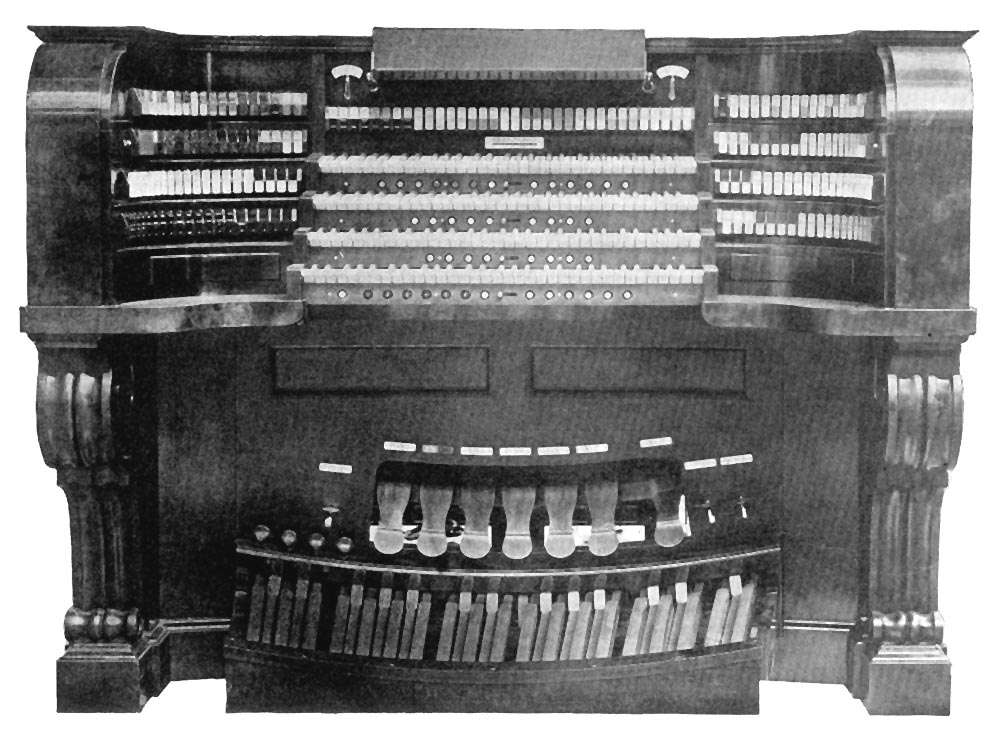 Console of Wanamake Auditorium Organ (1920) - New York City