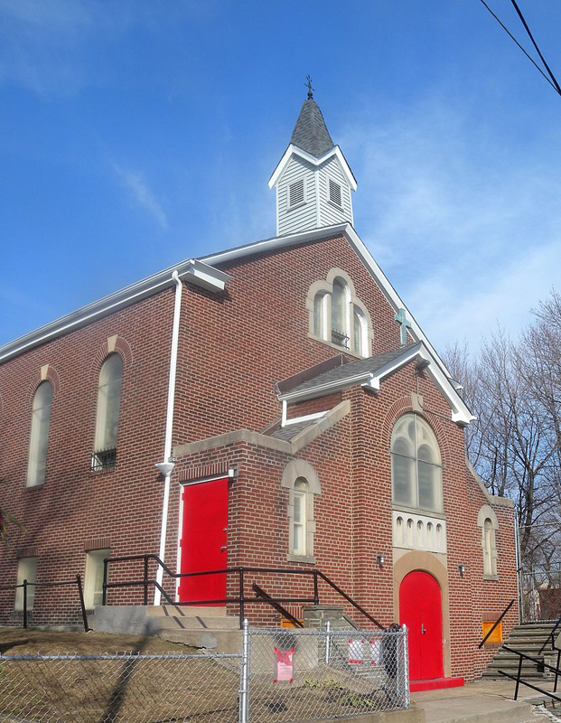 St. Jacobus Evangelical Lutheran Church - Woodside (Queens), NY (photo: Jim Henderson)